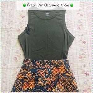 🟢5/$15 Old Navy Green Knit Shell Tank M